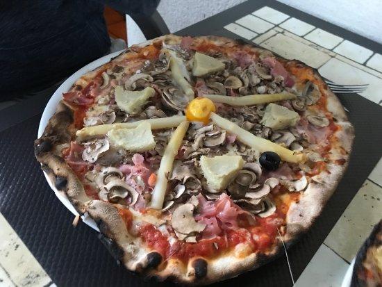 Pizzeria Lorenzzano Image