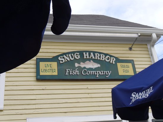 Duxbury, MA: Snug Harbor fish company