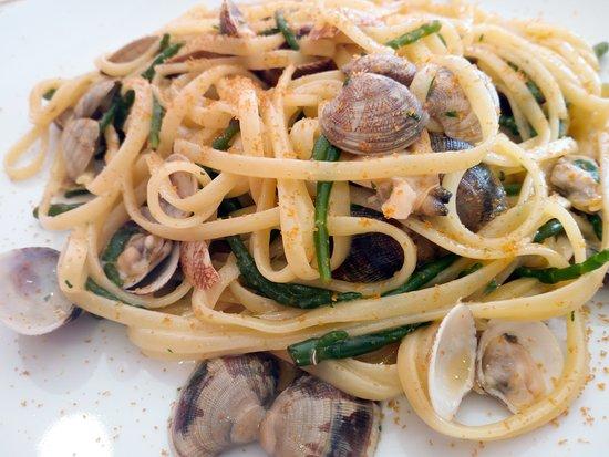 Roccasecca, Italia: Linguine con bottarga,vongole e asparagi di mare