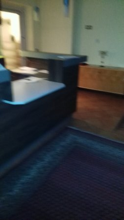Wolfsberg, Austria: the hotel reception- clear desks