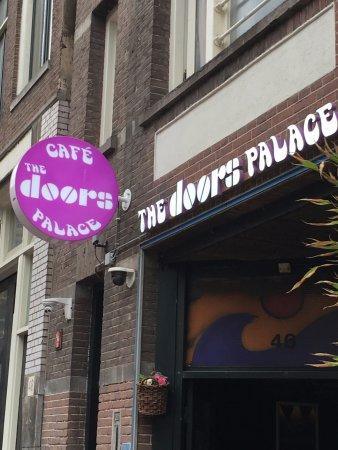 cafe the Doors Palace