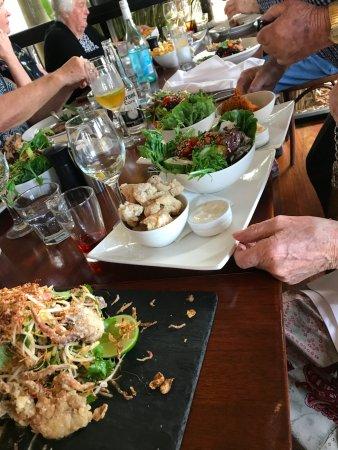 Ocean View, Australia: So much salad. Small bowl of calamari.
