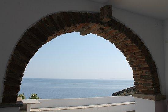 Agios Romanos, Yunani: Μπαλκόνι