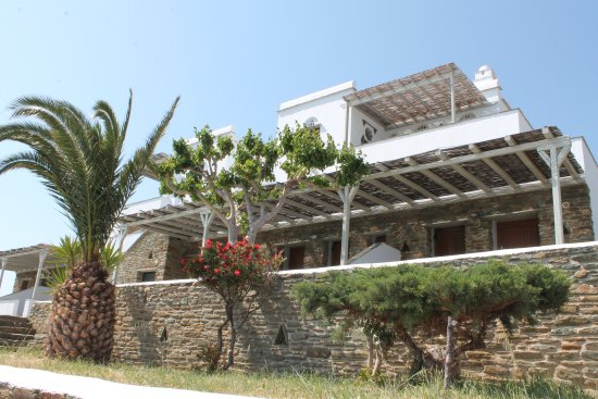 Agios Romanos, Yunani: Κήπος