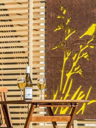 Marahau, New Zealand: A private drink