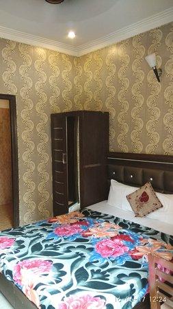 Hotel Darbar View: IMG_20170616_122445_large.jpg