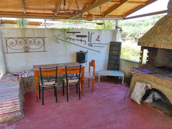 Meso Gerakari, กรีซ: Υλήεσσα Cottages