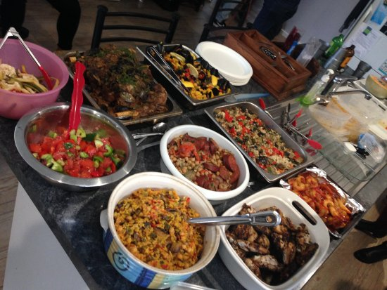 Warners Bay, Australia: Some of the amazing dishes catered for by Sephardim