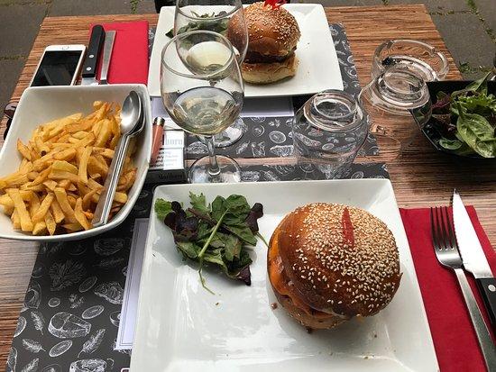 restaurant black angus dans strasbourg avec cuisine barbecue grillades. Black Bedroom Furniture Sets. Home Design Ideas