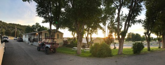 Parowan, Юта: Panoramic view of the property from my doorstep.