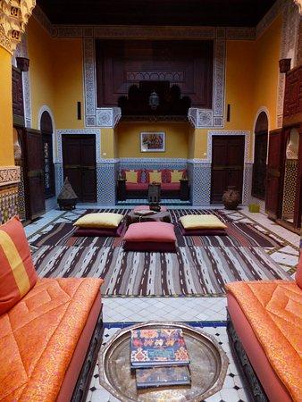 Ryad El Borj: Unsere Suite/Mittelraum