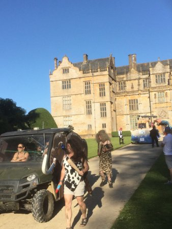 Montacute, UK: Lovely  house in a super village and an amazing Carnival again.