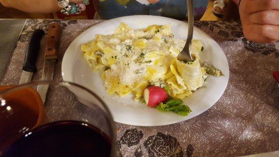 Pramollo, Italie : Pasta con asparagi (scusate non ricordo il nome preciso) vegetariana