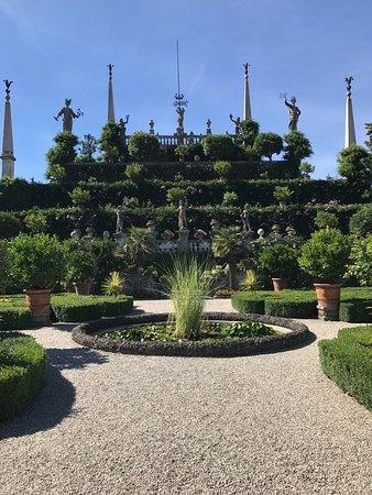 i terrazzi del giardino - Foto di Palazzo Borromeo, Isola Bella ...