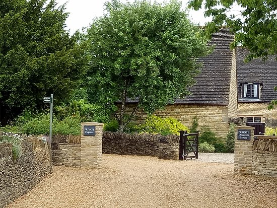 Lower Slaughter, UK: start of path