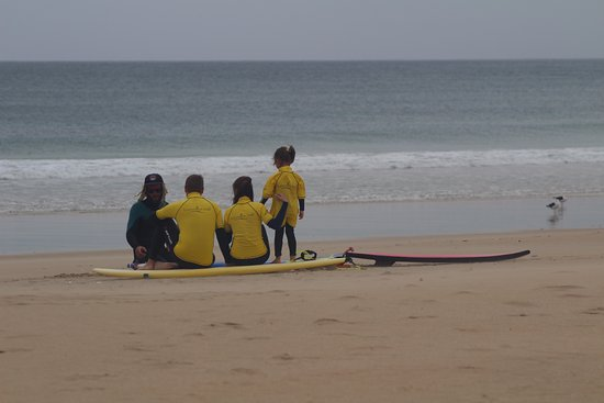 Jeffreys Bay, Güney Afrika: First surfing lesson for all family
