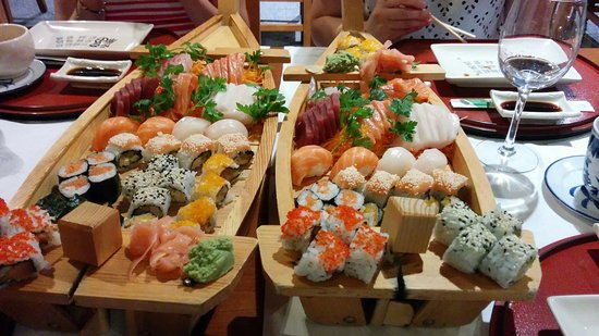 Maia, โปรตุเกส: Dois Sushi Boat