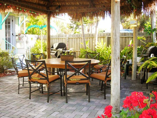 Island Paradise Cottages Madeira Beach Fl