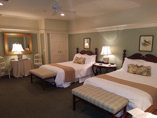 Fairview Inn: Room 11