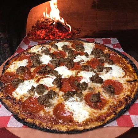 Marlborough, MA: Kindles Wood Fired Pizzeria