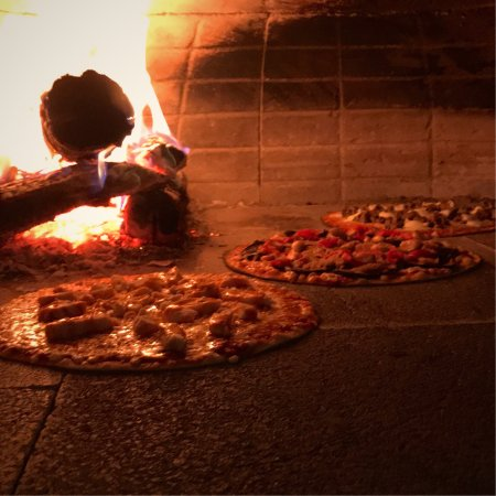 Marlborough, MA: Kindles Wood Fired Pizzeria