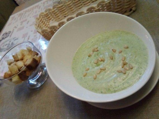 Esenin: Крем-суп