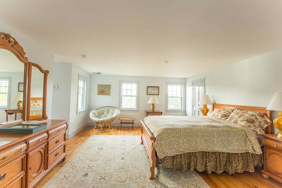South Berwick, ME: Queen with Double - Bedroom 1