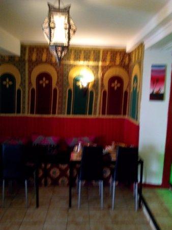 nous vous accueillons bras ouverts photo de restaurant l 39 argana revel tripadvisor. Black Bedroom Furniture Sets. Home Design Ideas