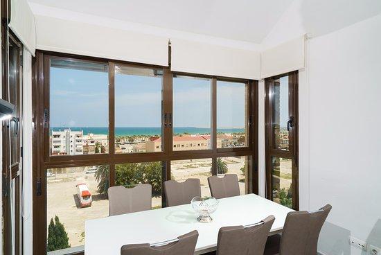 Apartamentos city beach valence espagne voir les for Valence appart hotel