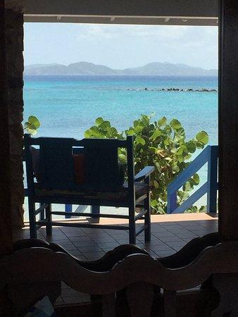 Fischer's Cove Beach Hotel: photo1.jpg