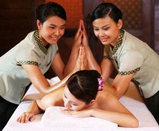 wellness thai massage shemale massage