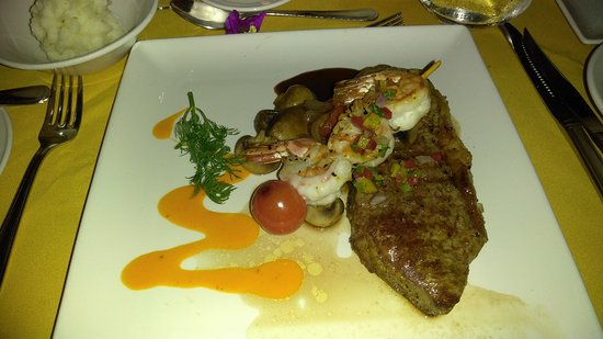 Freetown, Antigua: Anniversary surf and turf