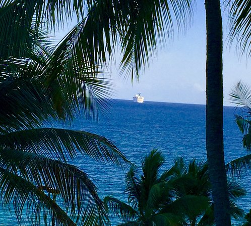 Frenchman's Reef & Morning Star Marriott Beach Resort: photo0.jpg