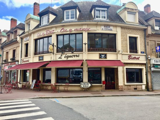 Vimoutiers, France: Exterior