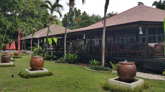 Manukan Island, Malaysia: Perahu Restaurant