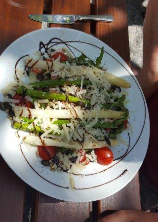Wald-Michelbach, Deutschland: Der Spargelsalat war sehr lecker ...