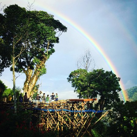 Lovina Beach, Indonesien: rainbow at wanagiri hidden hill, twin lake