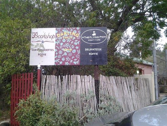 Darling, Sudáfrica: Signage at road
