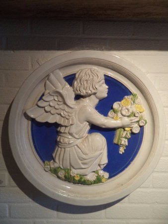 Poole Museum and Scaplen's Court Museum and Herb Garden : Poole Pottery