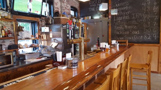 Simsbury, CT: Bar & Nuts