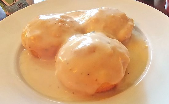 Montrose, CO: Biscuits and country gravy