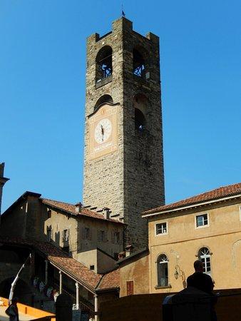 Campanone o Torre Civica : Campanone