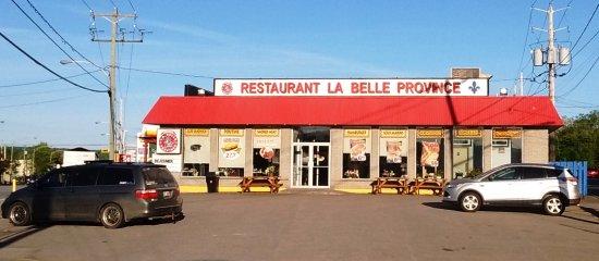 Restaurant La Belle Province Mont-Laurier