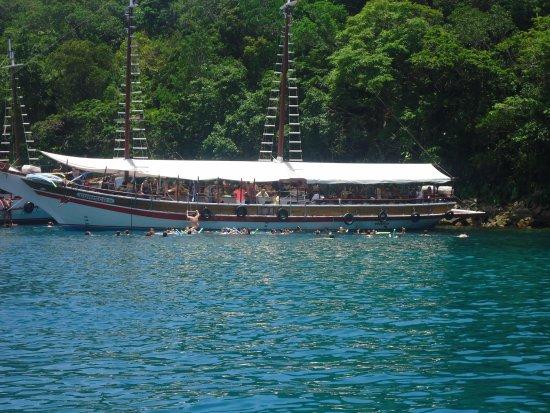 Lagoa Verde, Ilha Grande: Todos nadando em mar aberto (piscina natural)
