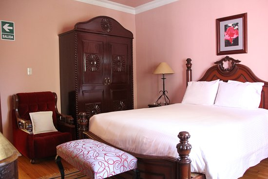 Casa Arequipa: The Rose Room