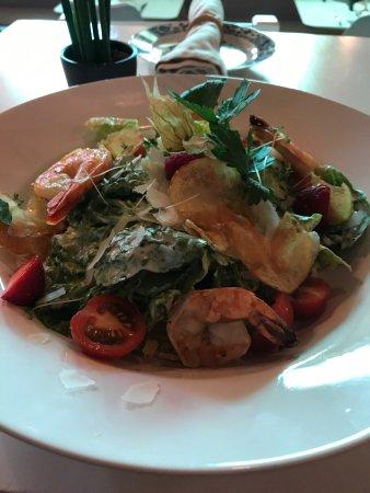 Ostseebad Heiligendamm, Tyskland: Frischer Salat mit Garnelen