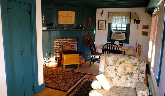 Cherryfield, ME: The sitting area in the carriage house