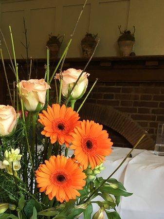 Montagu Arms Hotel : My flower arrangement