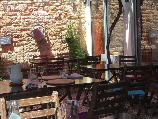 Marans, Francia: La terrasse