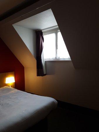 B&B Hôtel Dijon Centre: la camera spaziosa